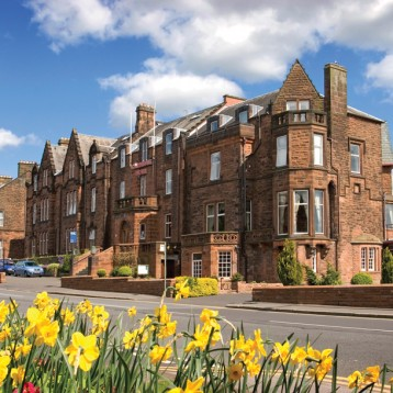Win a trip to Dumfries for four people including accommodation, dinner, breakfast and golf