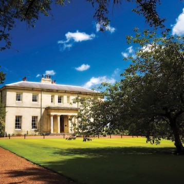 WIN golf for four at Linden Hall