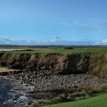 Win golf for four at Seahouses