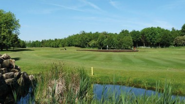 Win golf for four at Centurion Park