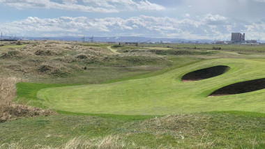 Restoration of Dr Alister MacKenzie's design at Seaton Carew continues