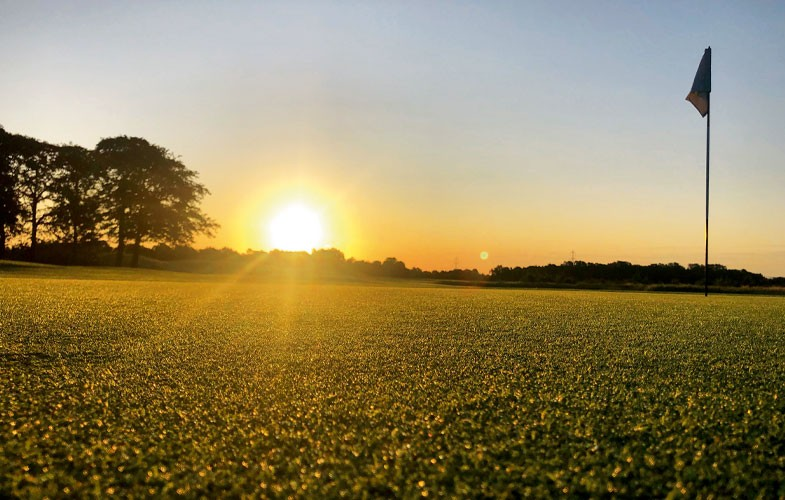 Win golf for four at Wynyard